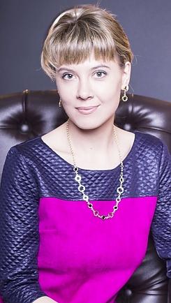 Anna Kharkov 215855