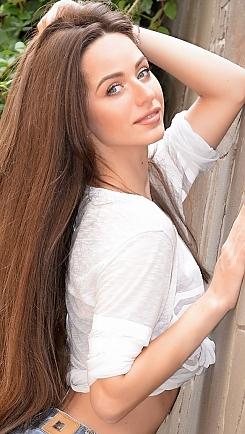 Irina Kharkiv 327893