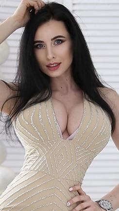 Olga Kharkiv 694734