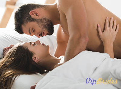 best ways to please a woman in bed